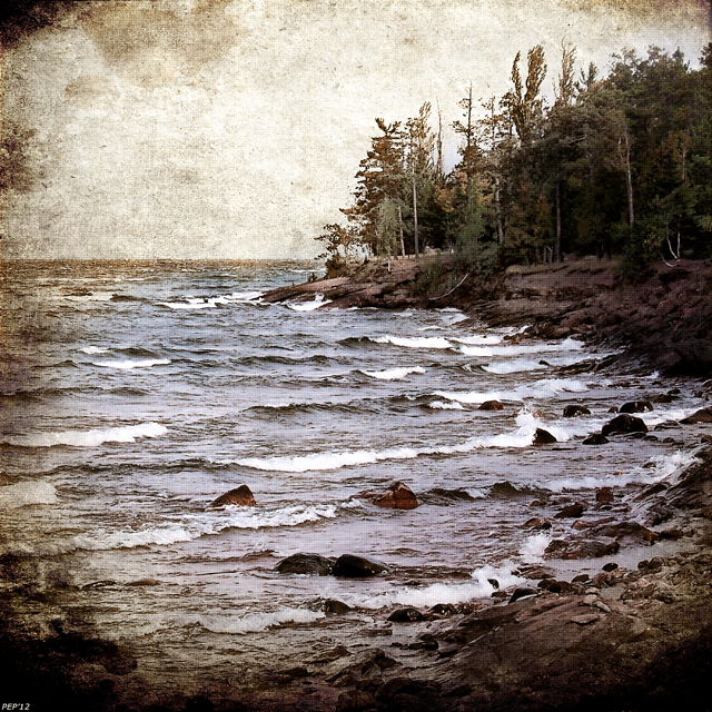 Lake Superior Waves