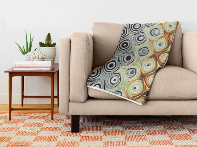 Retro Circles Pattern Throw Blanket